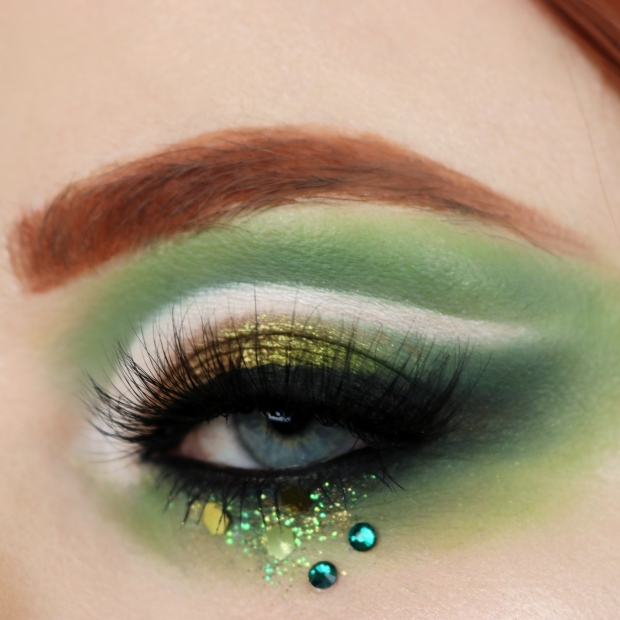 St Patricks Day Glam Eye Makeup